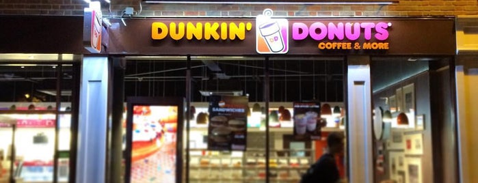 Dunkin Donuts & Baskin-Robbins is one of Dining.