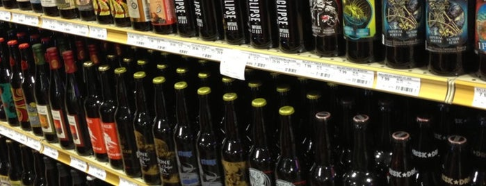 Binny's Beverage Depot is one of Naperville, IL & the S-SW Suburbs.