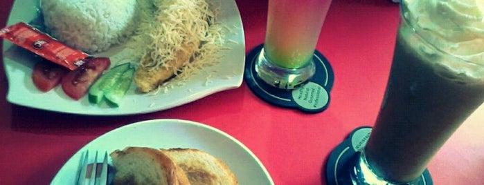 Gelologi Coffee Shop is one of Foodplace @ Jatinangor.