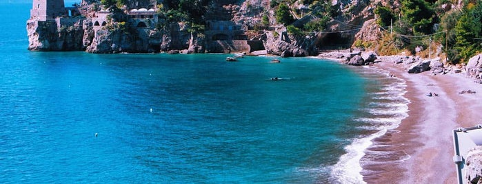 Spiaggia del Fornillo is one of Travel Guide to Amalfi Coast.