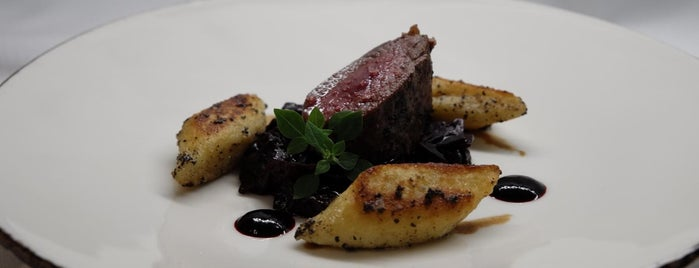 Restaurant Sparkling Bistro is one of Restaurants.