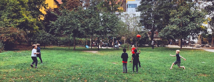 Krausnick-Park is one of Best sport places in Berlin.
