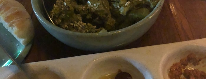 Teva is one of Melhores Restaurantes e Bares do RJ.