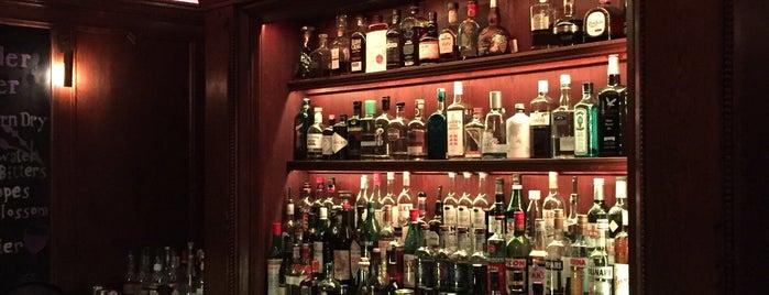 Lebensstern Bar im Einstein is one of Berlin.
