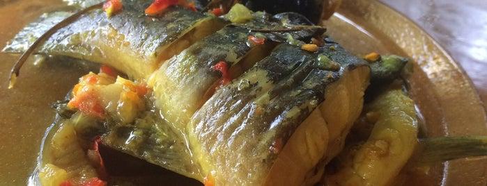 Restoran Selera kampung,,,,ikang baung is one of @Hulu Terengganu.