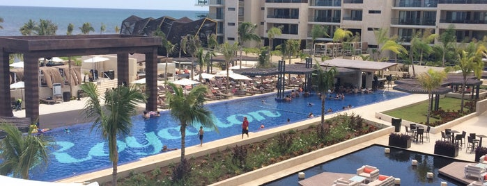 Royalton Riviera Cancún is one of DMI Hotels.