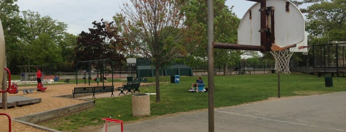 Flint Park Playground is one of My Places.