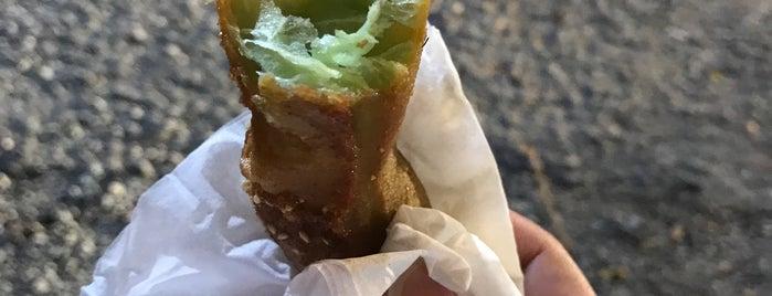 油炸糕 is one of Yeh's Fav Food!! ^o^.