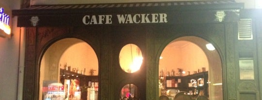Café Wacker is one of Why Starbucks?.