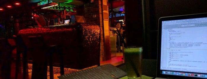Dali Club Lunch Bar is one of miejsca krakow.