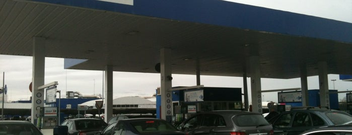Gasolinera Carrefour is one of Estaciones de Servicio.
