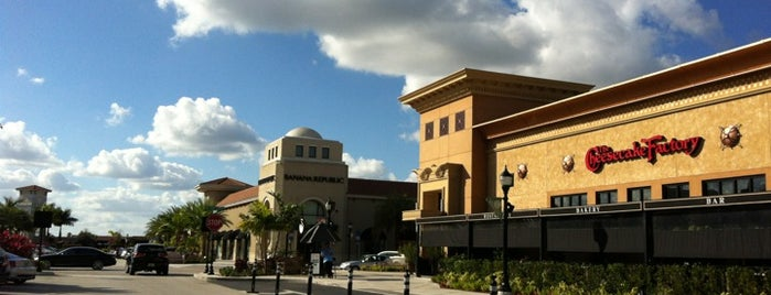 The Shops at Pembroke Gardens is one of Miami.