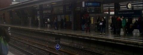Bahnhof Berlin Gesundbrunnen is one of Ausgewählte Bahnhöfe.