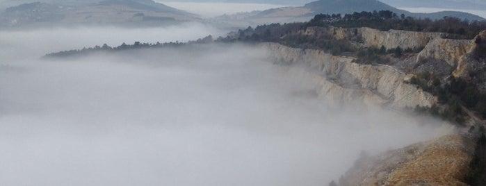 Naučná stezka Zlatý kůnˇ is one of Doly, lomy, jeskyně (CZ).