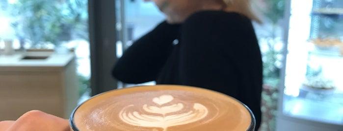 ICONIQ Café is one of Café.