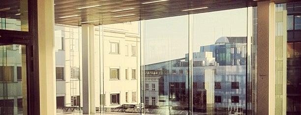 Universiteitsforum (UFO) is one of Student van UGent.