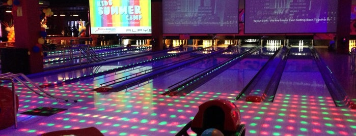 Switch Bowling is one of Dubai to-do list.