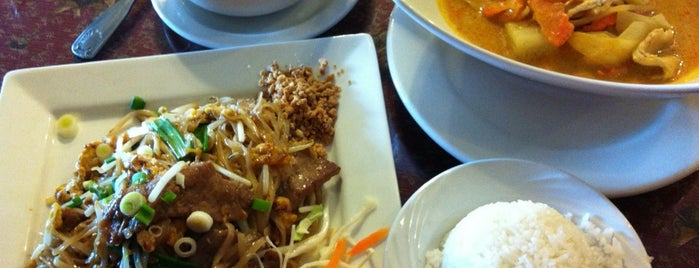 Tong Phoon Thai Restaurant is one of Best Spots in the St. Louis Metro #visitUS.