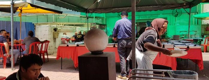 Ikan Bakar Belakang The Zon is one of makan @ KL #16.