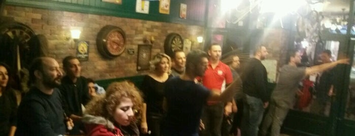 Malt Irish Pub is one of alsancak.