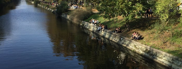 Thielenbrücke is one of Grün und Blau Berlin.