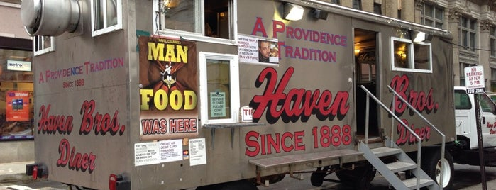 Haven Brothers Diner is one of Providence, RI.