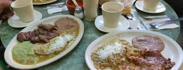 """Cafe y Restaurante """"Manolo"""" is one of Comida."""