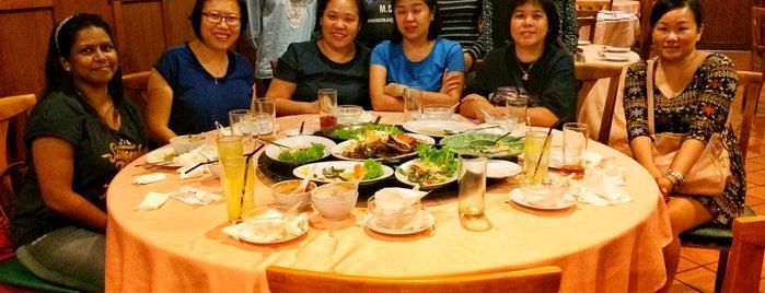 Siriwan Thai Seafood Restaurant is one of Jalan-jalan cari makan.