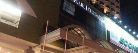 Pearl Point Shopping Mall is one of b.