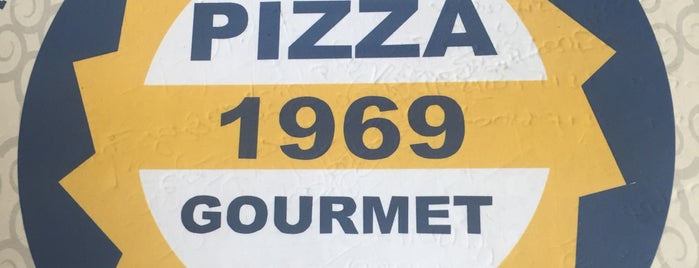 Pizza 1969 Gourmet - Cll 85 Delivery is one of Must-visit Food in Bogotá.