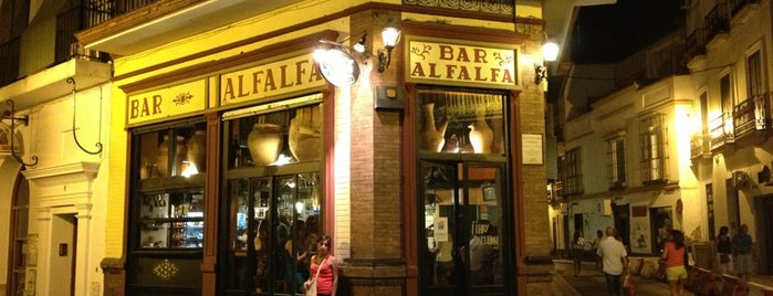 Bar Alfalfa is one of Restauración.
