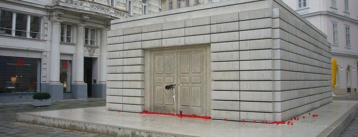 Mahnmal für die österreichischen jüdischen Opfer der Schoah | Holocaust Memorial is one of Vna.