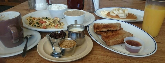 Golden Star Family Restaurant is one of Must-visit Food in Long Beach.