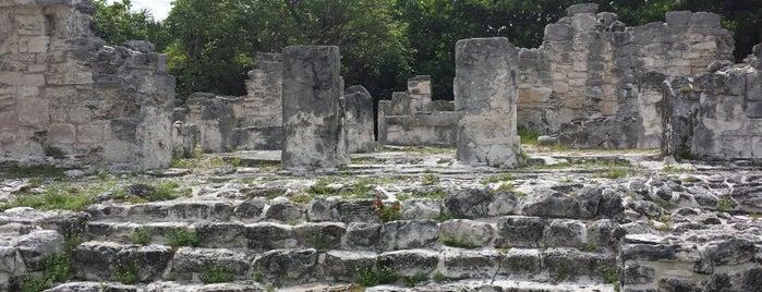 Zona Arqueológica El Rey is one of Mexico // Cancun.