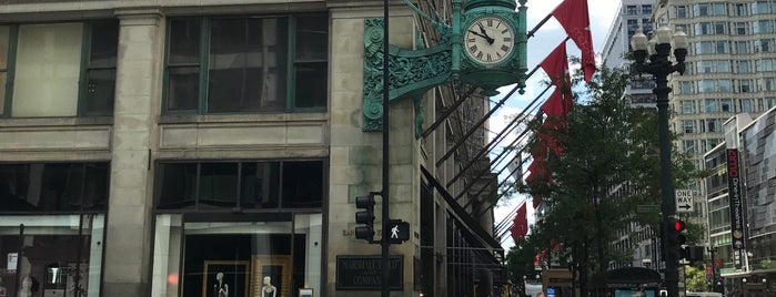 Marshall Field & Co. Building is one of Museums.
