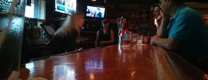 Reynolds Street Bar and Grill is one of Local Redskins Rally Bars.