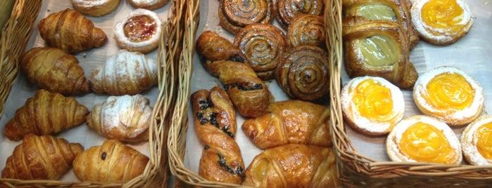Булочная Гарсон is one of Кафе с розетками.
