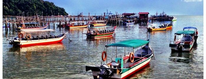 Teluk Bahang Beach is one of Go Outdoor, MY #6.