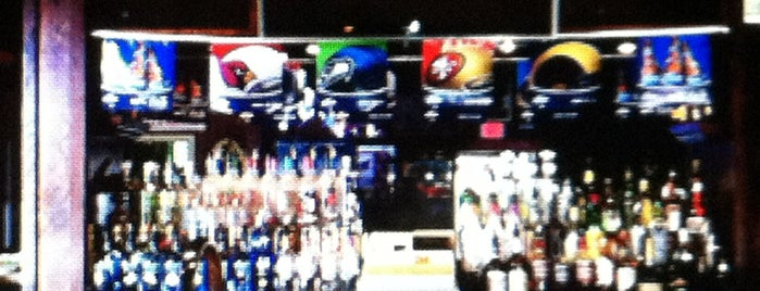 Pinch Penny Pub is one of Official Blackhawks Bars.