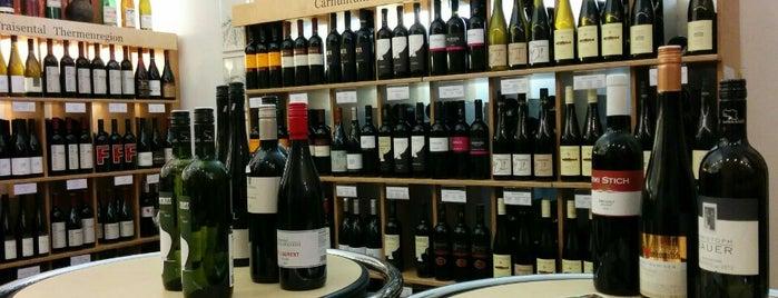 Vinoe is one of Wine Bar.