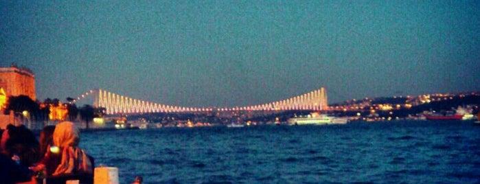 Dolmabahçe Çay Bahçesi is one of İstanbul'a özel ;).