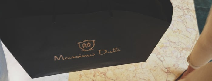 Massimo Dutti is one of Rome.