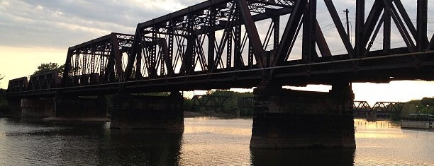 North Bank Park is one of Columbus Area Parks & Trails.