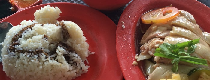 紫金城 Hainanese Boneless Chicken Rice is one of Good Food Places: Hawker Food (Part I)!.