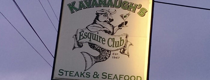 Kavanaugh's Esquire Club is one of The 15 Best Places for a Seafood in Madison.
