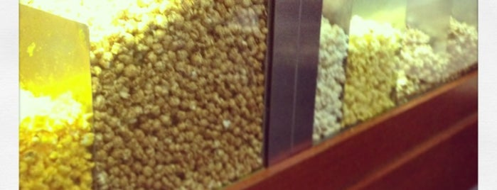 Garrett Popcorn Shops - Citigroup Center is one of Guide to Chicago's best spots.