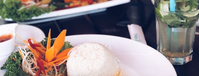 Savory Chay is one of Berlin | Vegane Restaurants.