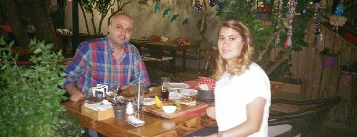 Zencefil Cafe Restaurant is one of kahve dükkanları.