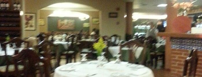 Restaurant La Toscana is one of Comida.