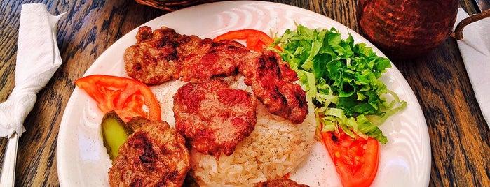 Tıkıntı Döner is one of Nişantaşı'nda Öğle Yemeği Arası.